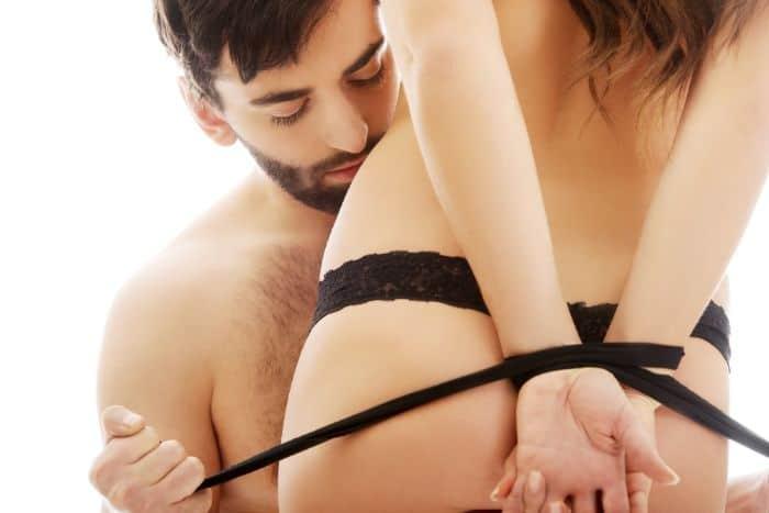 Bạo dâm hay ác dâm là một hành vi tình dục khác thường