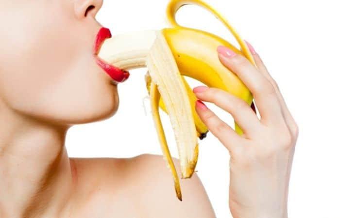 BJ là phương pháp quan hệ bằng miệng giúp dương vật của nam giới được kích thích hơn khi quan hệ tình dục