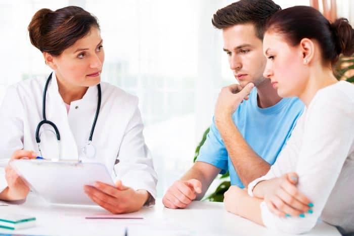 Các bệnh lây qua đường tình dục có tên tiếng Anh là Sexually transmitted diseases