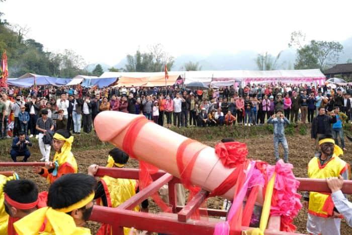 Các lễ hội liên quan đến sinh thực khí