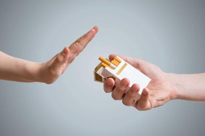 Tránh xa thuốc lá là cách cải thiện chất lượng cho tinh trùng